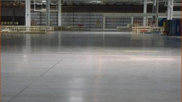 Так выглядит бетонный пол с топпингом